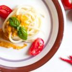 Spaghetti al pesto alla siciliana