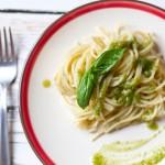 Spaghetti al pesto genovese1