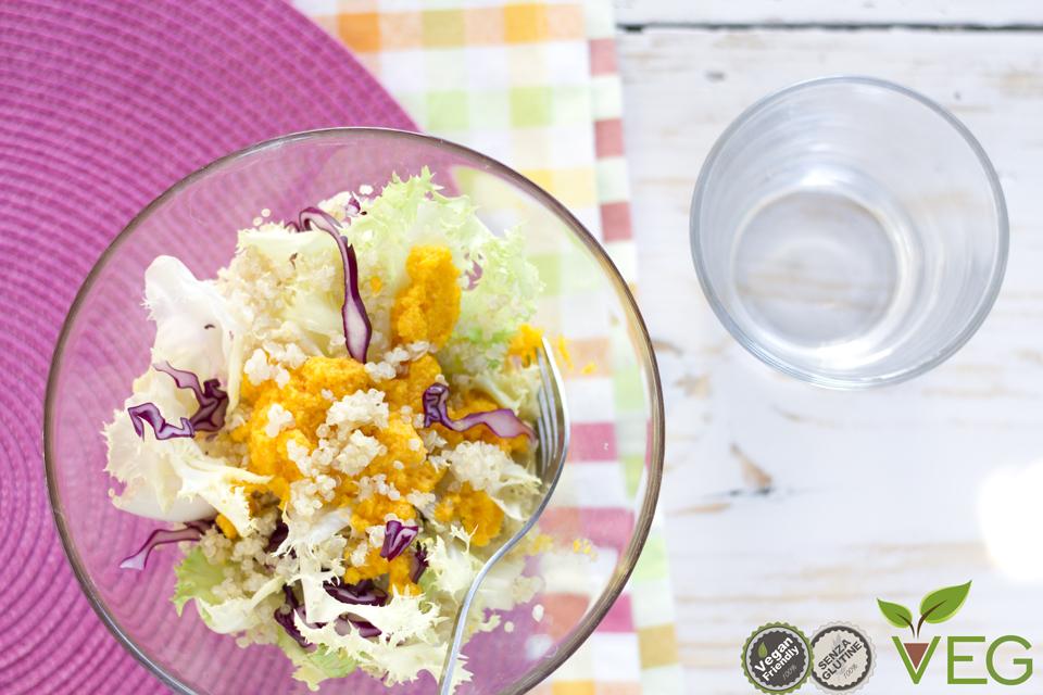Insalata con quinoa e crema di carote