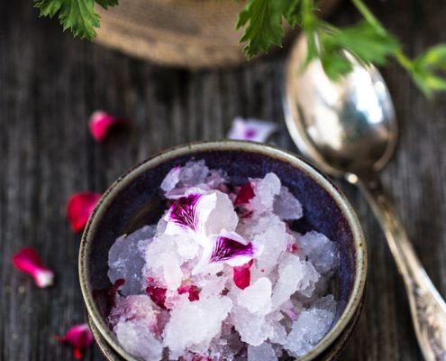 Prepara con noi la nostra granita al limone e fiori fatta in casa senza gelatiera!