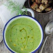 Vuoi una ricetta veloce e light per una favolosa vellutata di zucchine?