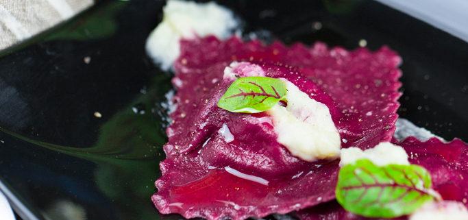 Un ottimo primo piatto di ravioli vegani è la ricetta di oggi
