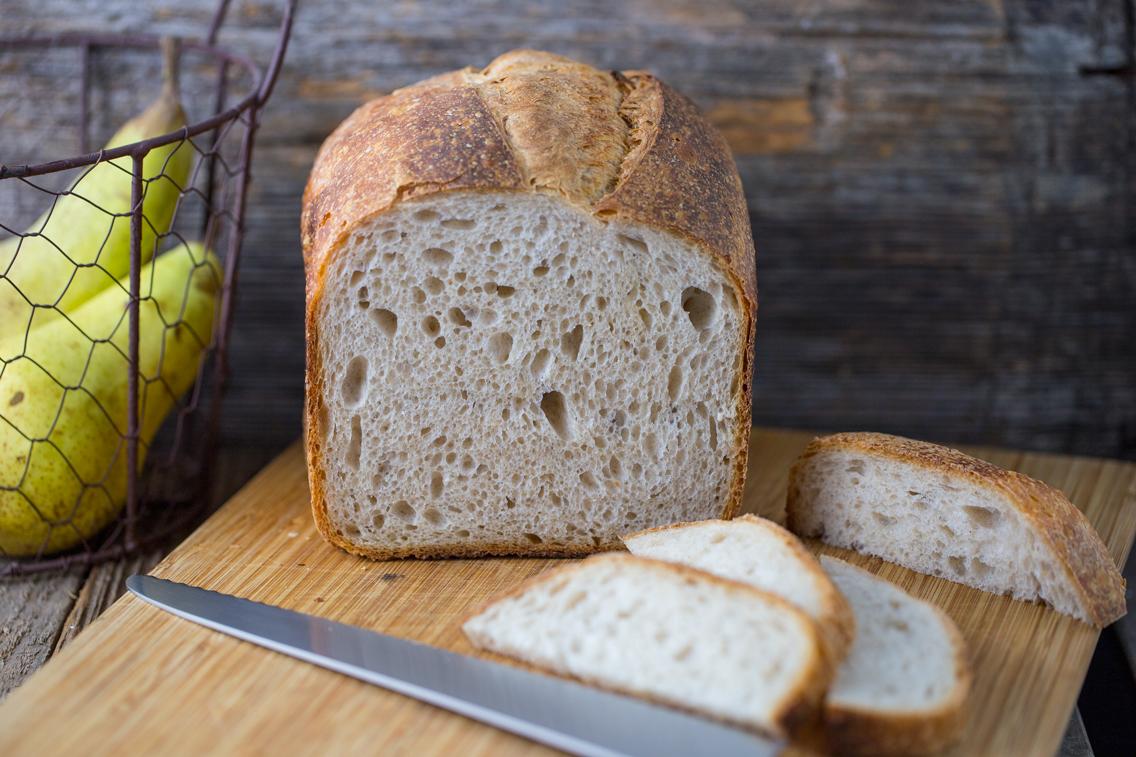 Ecco come preparare il pane in cassetta con lievito madre e la macchina del pane