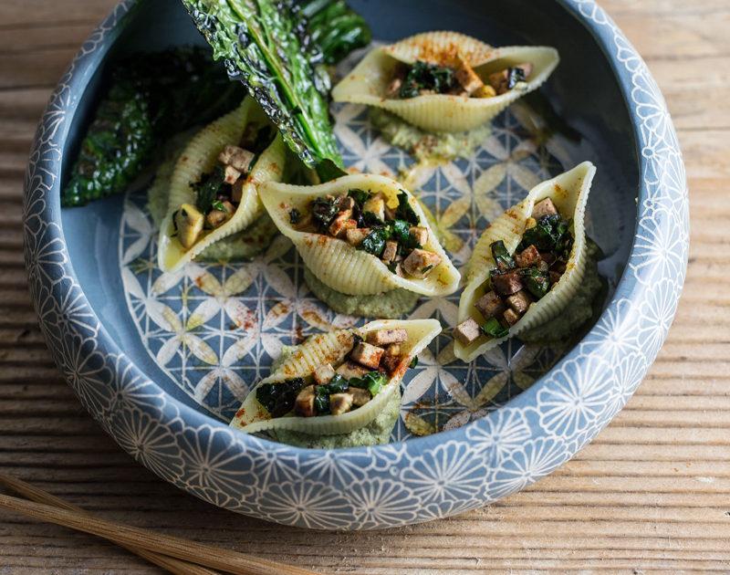 Pasta con crema di broccoli e mandorle